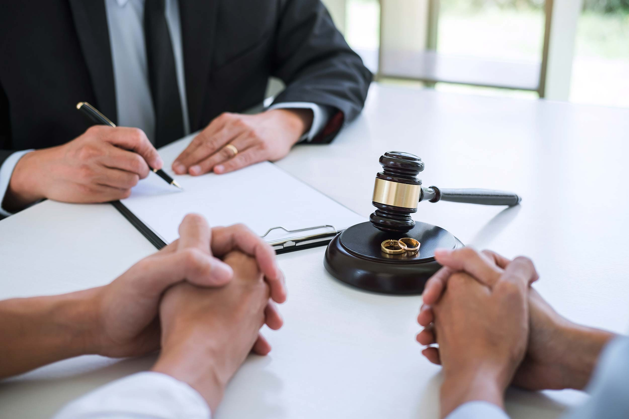 Divorce Lawyer in Brampton